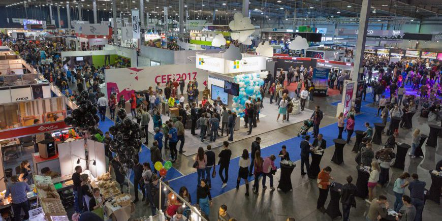 6 Reasons To Keep Exhibiting At B2B Trade Shows